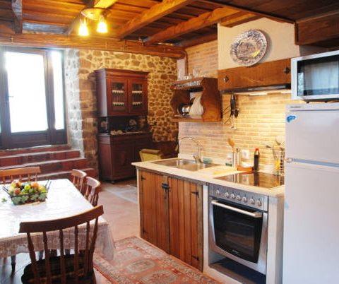 kitchen of the aira sacra apartments
