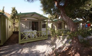 camping los escullos pet friendly bungalows