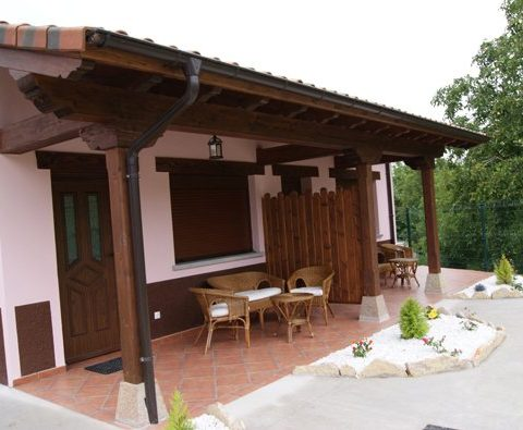 pet friendly acommodations in avin, Asturias