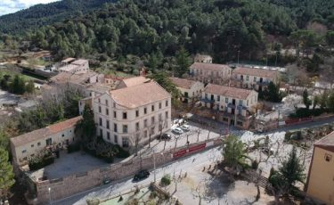 Aerial view of pet friendly Villa Engracia apartments