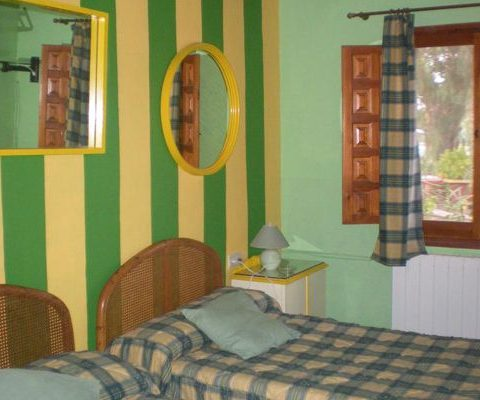 double bed room of the pet friendly rural house